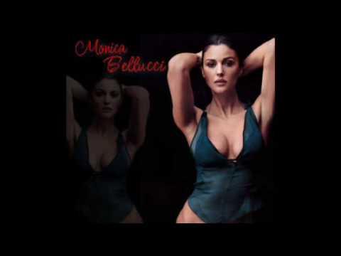 Monica Bellucci Biagio Antonacci Lui pazzo di lei Le più belle foto di Monica Bellucci