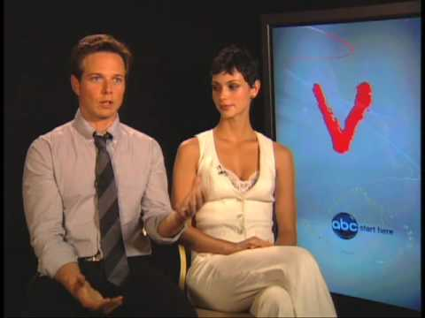 Scott Wolf and Morena Baccarin, Elizabeth Mitchell and Morris Chestnut - V - The Visitors Are Coming Video