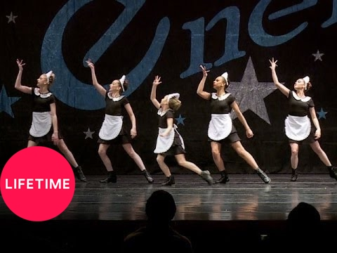 Dance Moms: Group Dance - The Royals (S4, E16)