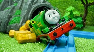 Thomas and Friends James Percy Toy Train Percy Accidents Will Happen