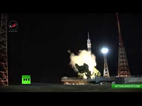La nave espacial rusa Soyuz TMA-15M despega desde Baikonur rumbo a la EEI