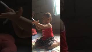 How a turning 2 year-old baby sing a song😅