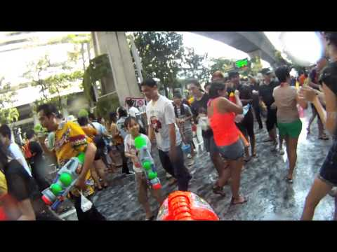 Songkran festival Bangkok (Silom) 2013