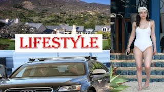 Dakota Johnson Biography | Family | Childhood | House | Net worth | Car collection | Lifestyle