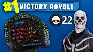 ONLY USING HALF A KEYBOARD TO PLAY FORTNITE!! (ONE HANDED KEYBOARD!)