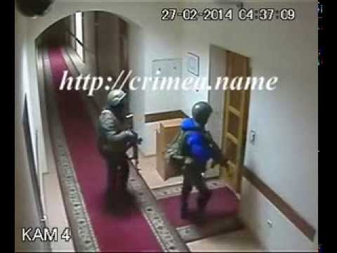 Russian special troops enter inside in Crimea Parliament ( Cam )