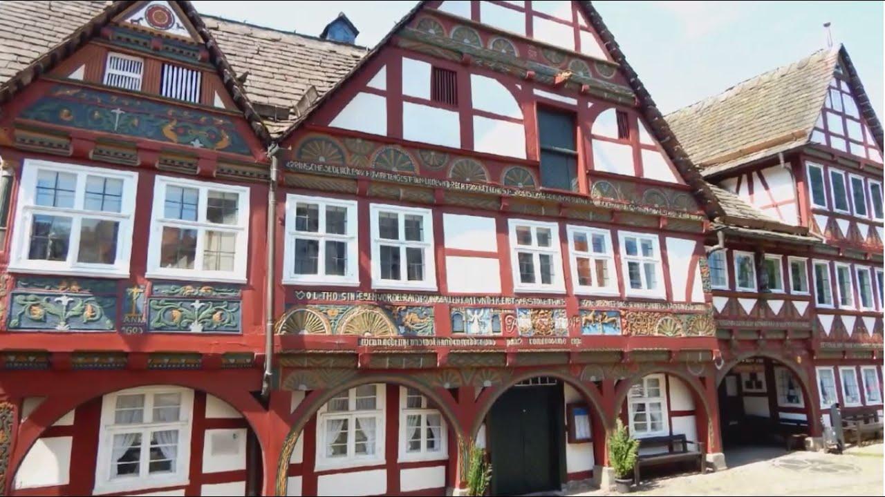 Um die Burg Schwalenberg - www.lipperland.de