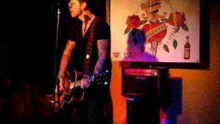 Ricky Warwick - Can't Live With Maybe