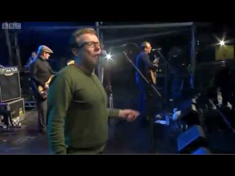 The Proclaimers - Letter From America at Stirling Hogmanay 2012