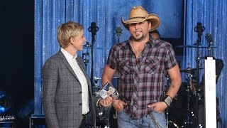Download Lagu Jason Aldean Performed 'Burnin' It Down' Gratis STAFABAND