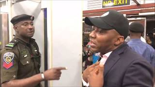 Sowore (Throwback Vid) Security Agents refuse Display Posters Of #Sowore2019 at Airport