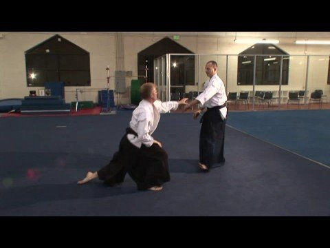 Aikido Techniques for Grabs & Overhead Attacks : Aikido Technique: Kosa-Dori Koshinage Image 1