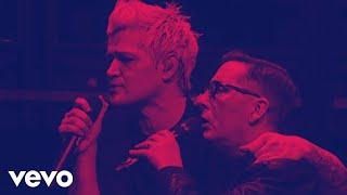 Download Lagu The Script - Crazy World (Live from Dublin) ft. Christy Dignam Gratis STAFABAND
