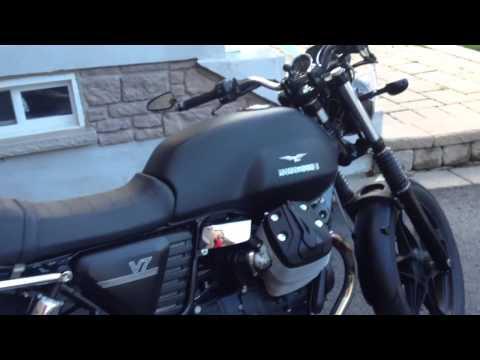 Moto Guzzi 2013 V7 Stone