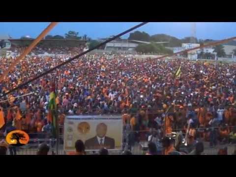 Arrivée de Jean-Pierre FABRE au stade municipal de Lomé.