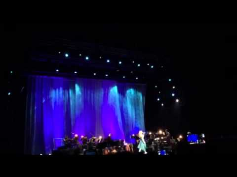 Let it Go (with Tagalog part) - Idina Menzel World Tour Concert in Manila Philippines
