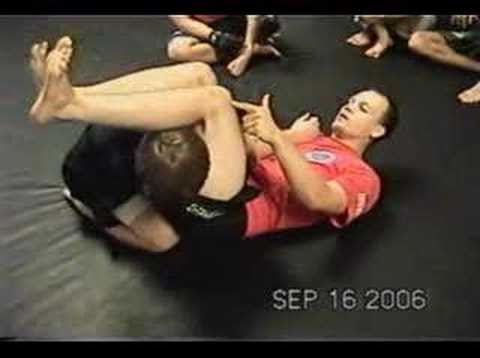 jiu-jitsu armbar from closed guard Image 1
