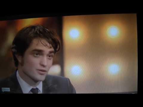 ROBERT PATTINSON PRESENTS BAFTA AWARDS 2010 EDWARD CULLEN TWILIGHT NEW MOON ECLIPSE BREAKING DAWN