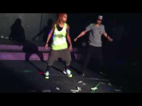Translee x Somebody's girl @dreadhead_krush show at club metro reloaded!