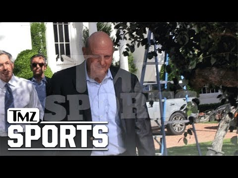 Donald Sterling Meets With Steve Ballmer Over Sale of Clippers