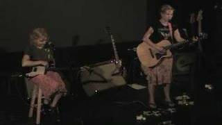 Watch Kristin Hersh Sinkhole video