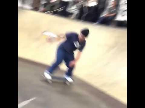 Blunt🔥 fakie @niko_howard 🎥: @rhino #TampaAm2018 | Shralpin Skateboarding