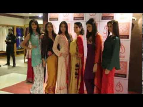 Pakistani Models EXHIBITION 9 OCT 2013 AHAN TRENDY OUTFITS HAND Embroideries Northern Punjab