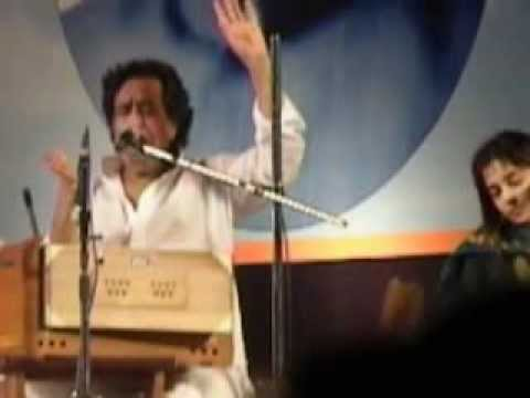 pt. hridaynath mangeshkar singing dayaghana and pasaydan