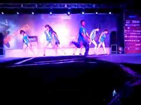 PRINCE SONI  SHIATS  CHOREANXIOUS GROUP DANCE AT IIT JODHPUR...