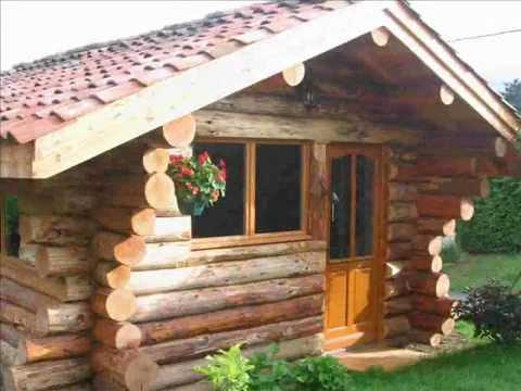 Fuste chalet maison de bois rond youtube for Insecte du bois maison