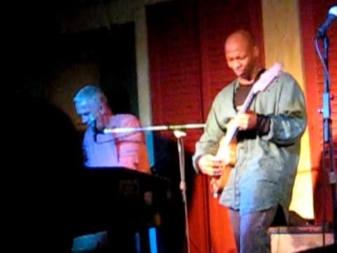 Mike Finnigan,Kevin Eubanks,&Joe Louis Walker @ Biscuits&Blues San Francisco 1-11-2008