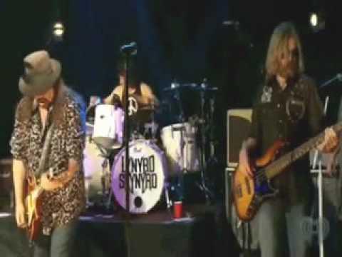 Skynyrd Nation.Gimme Back My Bullets 2009 -Lynyrd Skynyrd.wmv