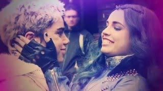 Descendants Behind The Scenes (Set it Off) - The Friendship | Official Disney Channel Africa