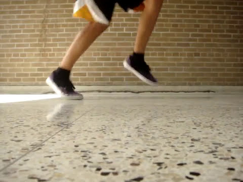 Cwalking/Jerkin' Footwork