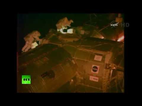 Spacewalk video: NASA astronauts outside ISS