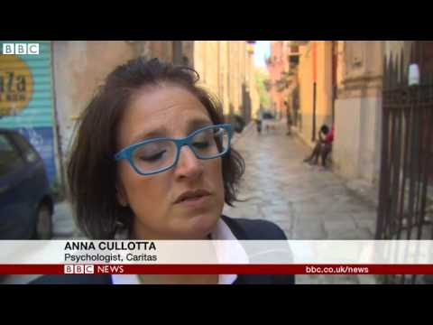Europe migration  Italy arrests trafficking suspects   BBC News