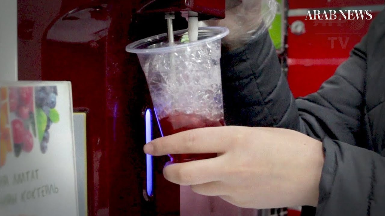 Mongolians sip 'oxygen cocktails' to cope with smog