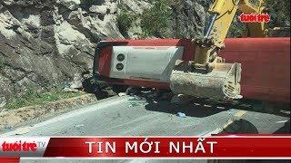 ⚡ NÓNG | Lật xe trên đèo Khánh Lê, 17 người thương vong