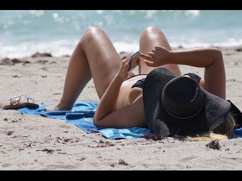 Sexy Hollywood Beach Girls video