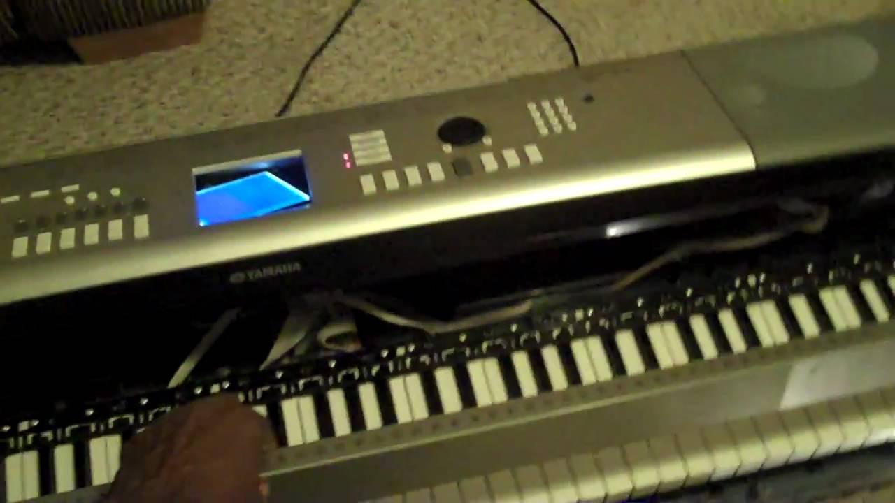 Yamaha Keyboard Lcd