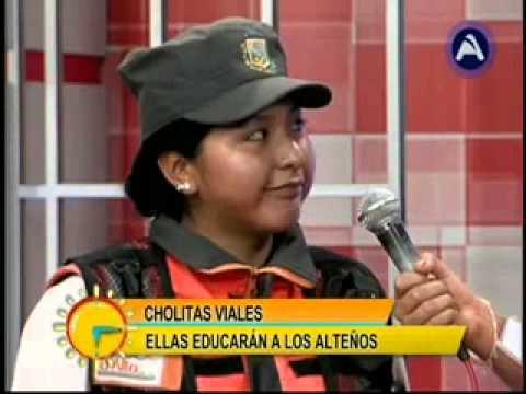 Levántate Bolivia con las cholitas viales de la ciudad de El Alto