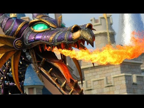 Fire-breathing Maleficent Dragon Battle with Prince Phillip in Festival of Fantasy Parade