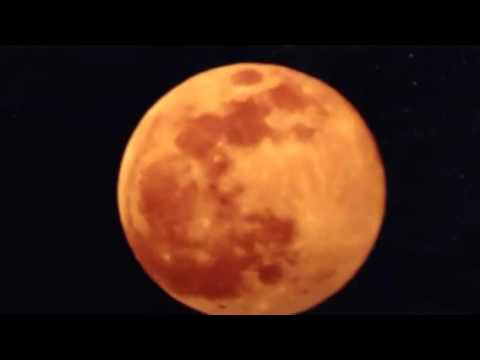 """Unscheduled """"Blood Moon"""" Over Texas"""