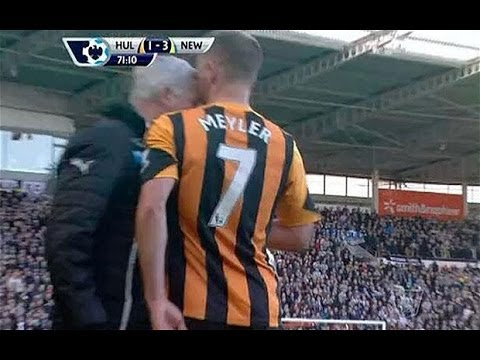 FIGHT Alan Pardew HEADBUTT HULL CITY 1-4 NEW CASTLE  WTF!!!!!