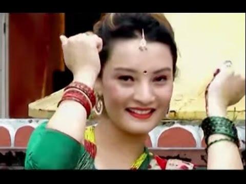 7 Bajeko Bus Teej Geet By Binu Tamang And Khuman Adhikari video