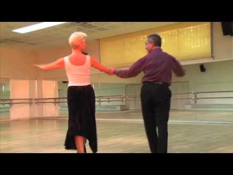 Apprendre Le Cha Cha Cha - Cours De Danse Débutant video