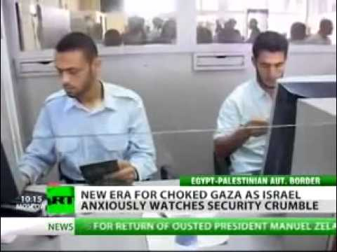 ‪Israel fears as Egypt opens border with Gaza - RT 110528‬‏.