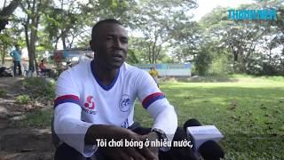 Vua phá lưới Amaobi 'bắn' tiếng Việt như gió