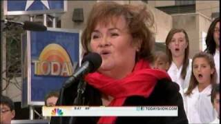 Susan Boyle ~ Perfect Day ~Today Show, Rockefeller Plaza, NY (23 Nov 10)