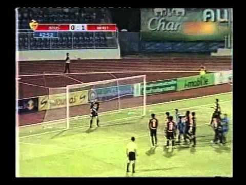 Thai Premier League 2011 Highlight  Chonburi FC 2 2 Pattaya United